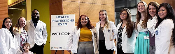 College of Pharmacy students at expo